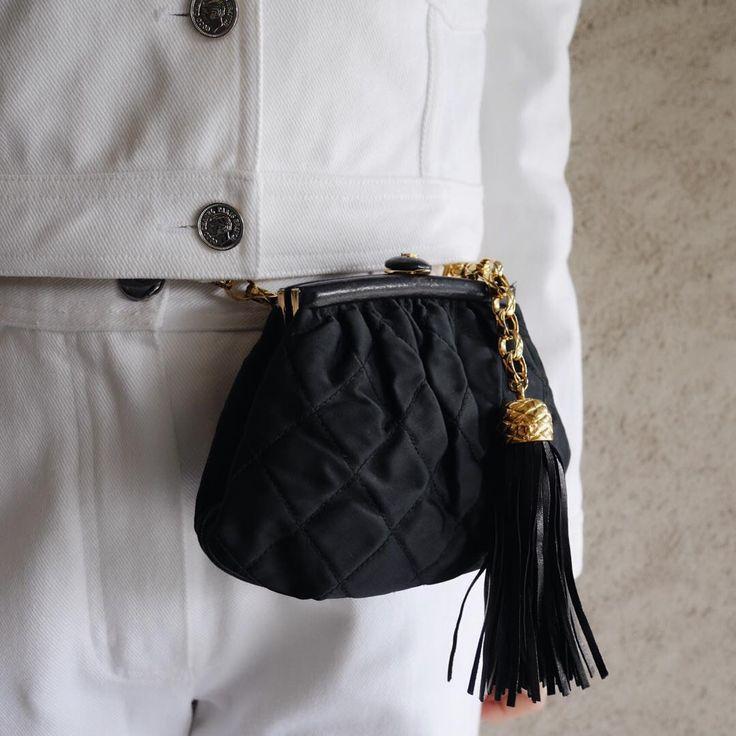 SALE item🎶Vintage Chanel satin fringe chain bum bag.   お問い合わせ📩/for more info → info@amoretokyo.com    #ヴィンテージ #シャネル #ヴィンテージシャネル #ココ #ココマーク #ヴィンテージブランドブティック #アモーレ #アモーレトーキョー #表参道 #東京    #vintage #Chanel #vintagechanel #chanelvintage #coco #cocomark #vintagebrandboutique #AMORE