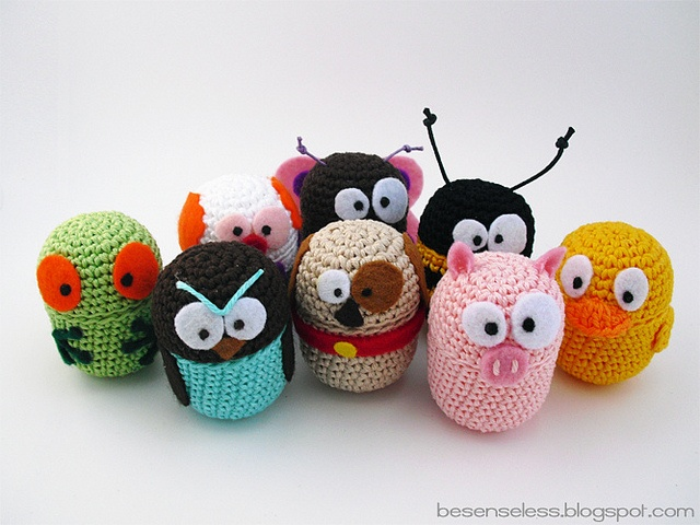 ovetti eggs crochet amimals uncinetto animali colour by airali_gray, via Flickr