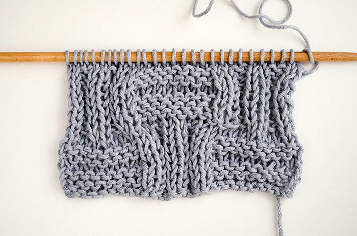 Learn how to knit the big basketweave stitch, which is just a combination of knit and purl stitches!