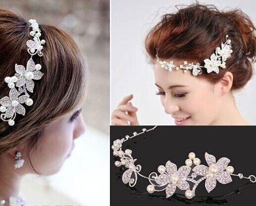 Alibaba グループ | AliExpress.comの ヘアジュエリー からの      結婚式の宝石類ジュエリー2014年tl090freeshipping花嫁の韓国の工場直接新房花水晶ネックレスイヤリングのセットUs$21.08/piece&n 中の 熱い販売の新しい到着2015ファッションの結婚式のヘアアクセサリー頭飾り額パールチェーン・ブライダル結婚式のヘアアクセサリー