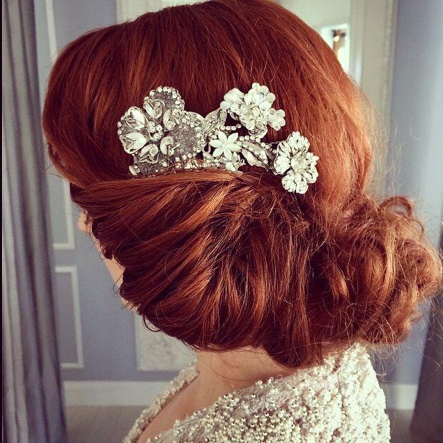 Bride wearing a Maria Elena Headpieces Swarovski Crystal Hair comb
