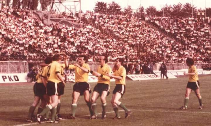 GKS Katowice beat Górnik Zabrze 4-1 in the Polish Cup final in 1986 at the Stadion Śląski in front of 55,000 fans