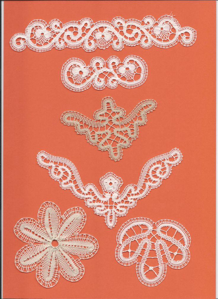 Inserti per fazzoletti, lenzuolino e federa, altro di Nina Di Fede