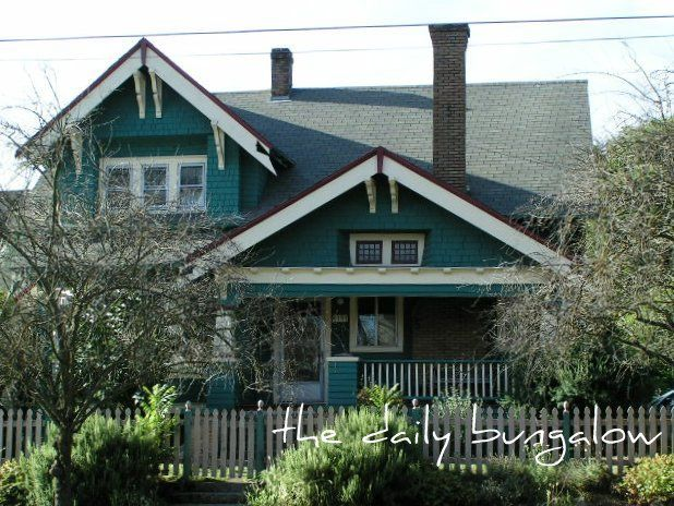 149 best images about bungalow exteriors on pinterest for Bungalow paint schemes