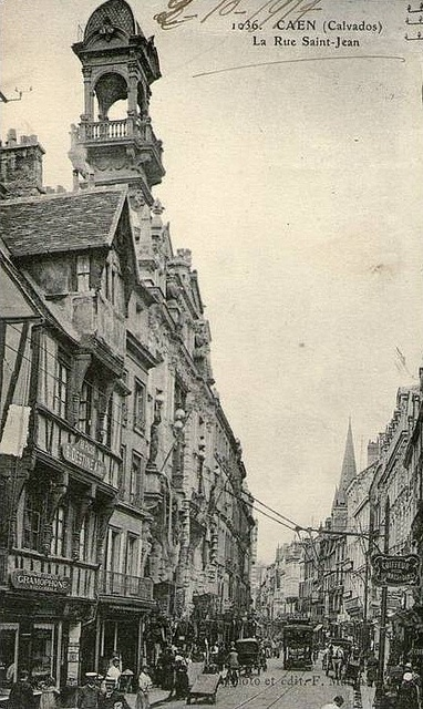 Caen 1936 La Rue Saint -Jean  mostly destroyed in 1944.