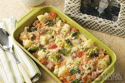 Receita de Gratinado de atum com legumes em receitas de peixes, veja essa e outras receitas aqui!