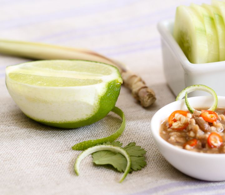 Always wanted to know how to make this peanut sauce!  It's so good, and I can use it for anything