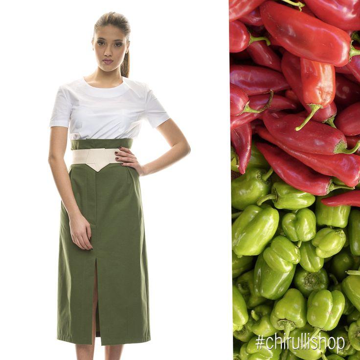 Un po' minimal, un po' romantico, sicuramente chic: è lo stile inconfondibile di Erika Cavallini Semi-couture.  Perfetto per l'estate, questo maxidress unisce semplicità e praticità ai tagli sartoriali #madeinitaly. Anche in nero. Ora al 50% su chirullishop.com--->http://bit.ly/29WC9zX #sale #chirullishop #erikacavallini #shoppingonline