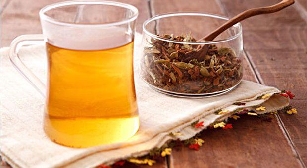 Vücudu Temizleyip Zayıflatan Çay Karışımı nasıl yapılır? Vücudu Temizleyip Zayıflatan Çay Karışımı'nin malzemeleri, resimli anlatımı ve yapılışı için tıklayın. Yazar: Diyet Rehberi