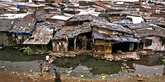 Kekayaan Empat Orang Indonesia Melebihi Jumlah Kekayaan 100 Juta Penduduk