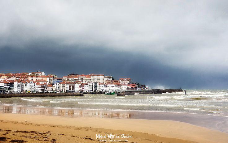 Lekeitio en tiempos revueltos. #BasqueCountry #Euskadi #PaisVasco #Euskalherria #Bizkaia