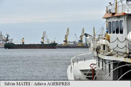 Compania Națională Administrația Porturilor Maritime (CNAPM) Constanța S.A. a finalizat dragajul șenalului navigabil și a pasei de intrare din Portul Midia până la cota de proiectare.