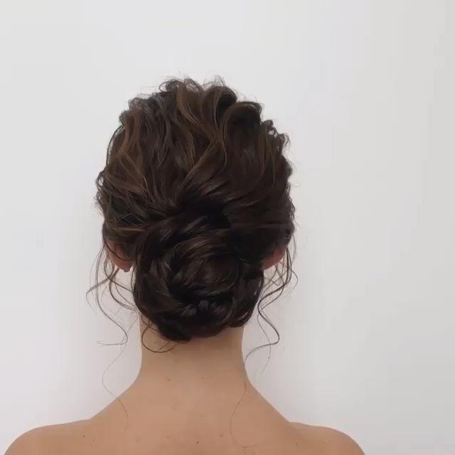 Easy DIY Wedding Hairstyles with Tutorials @oksana_sergeeva_stilist via Instagram -  Having a simple DIY wedding hairstyle is every bride's dream. View the link below to get more DIY - #aoksana #differenthairstyles #DIY #diyweddinghairstyles #Easy #hairstylesforwomen #hairstyles #instagram #oksanasergeevastilist #sergeeva #stilist #tutorials #wedding