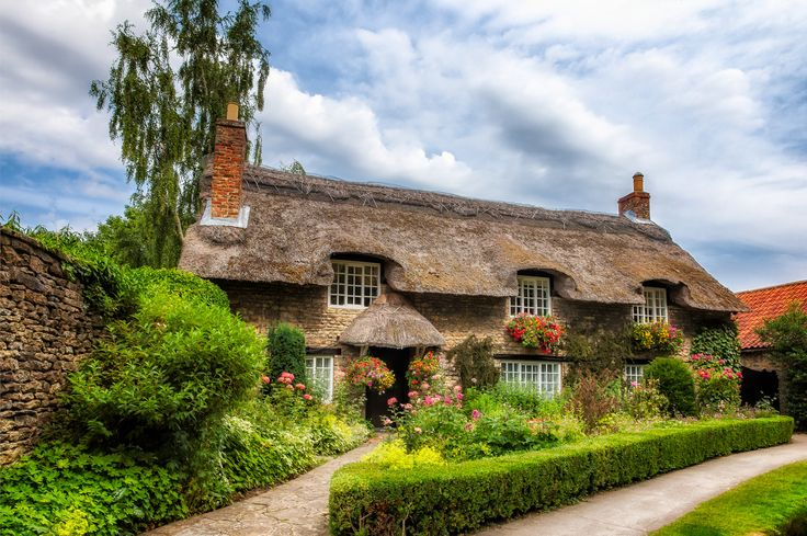 https://flic.kr/p/fhviBX | _MG_6547-Edit-Edit-Edit | River side cottage at thornton le dale North Yorkshire