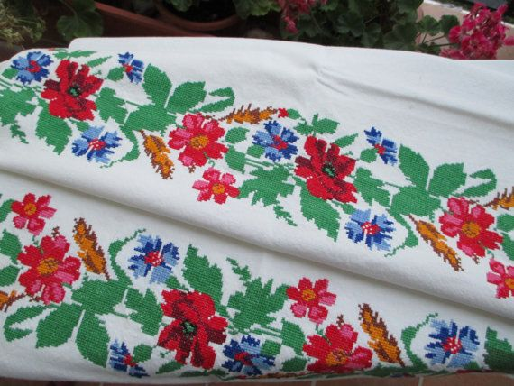 13. Vintage hand embroidered pure flax linen towel hand