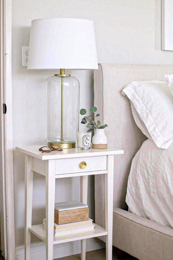 47 Lovely And Cool Narrow Bedside Table Design Ideas Part 12 In 2020 Bedroom Night Stands Home Decor Bedroom Bedroom Design