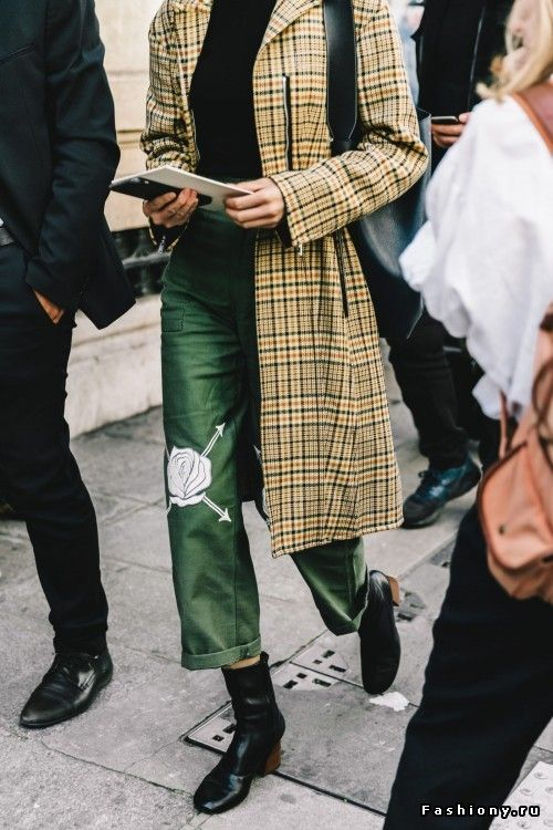 Paris Fashion Week весна-лето 2017 - street style
