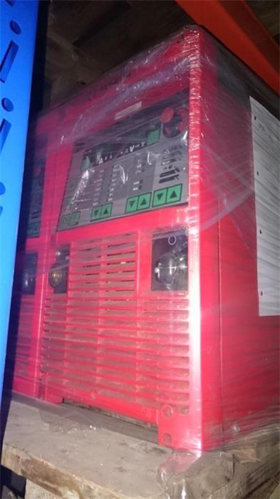 Karner & Dechow Industrie Auktionen - MIG/MAG Elektroschweißgerät (Stromquelle) Fronius TransPuls Synergic 5000, bis 500A, mikroprozessorgeregelter Synergicbe - Postendetails