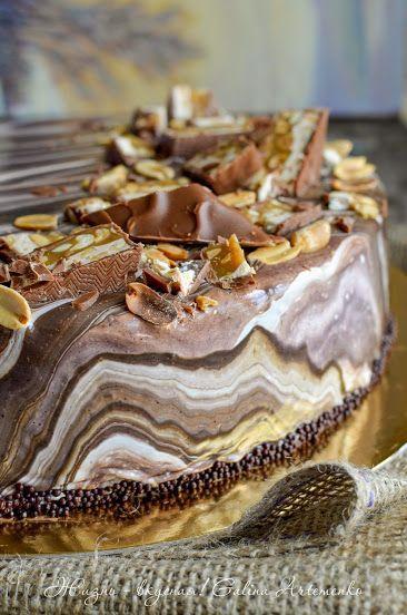 """Мужское сладенькое: торт """"Сникерс"""" с темным пивом   """"Жизнь - вкусная!"""": кулинарный блог Галины Артеменко; Praline - домашняя кондитерская студия"""