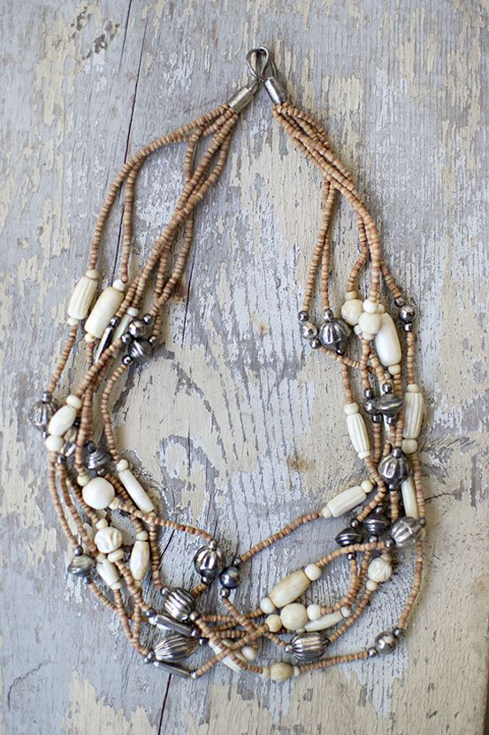 vintage 1970s wood silver bead boho necklace