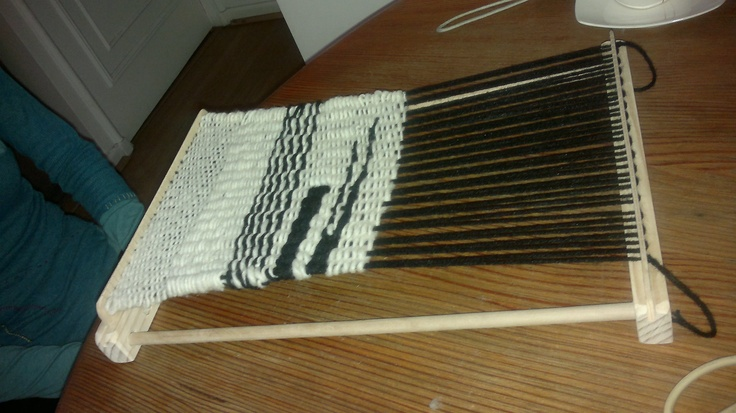 Telar creado en seminario intensivo  por mi alumna  Mariko Hanada en www.lanaterapia.com arte textil