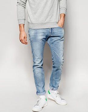 Diesel – Thavar DNA 839G – Schmale Jeans in ausgebleichter Waschung 140€