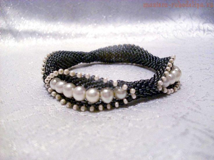 Мастер-класс по бисероплетению: Браслет Peeking Pearls