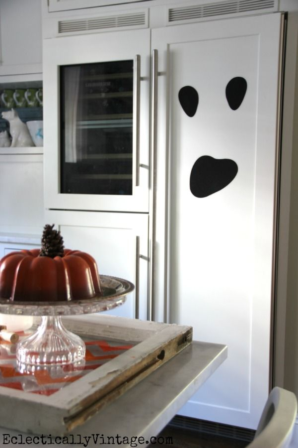 Halloween house decorating ideas at eclectically vintage