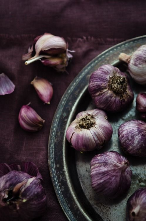 Garlic #purple #purplefood purple food violet photography colour color
