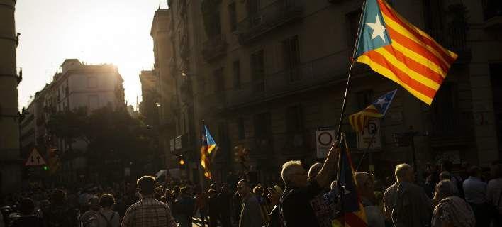 Καταλονία: Αγωνία για την επόμενη ημέρα -Φόβοι για βία