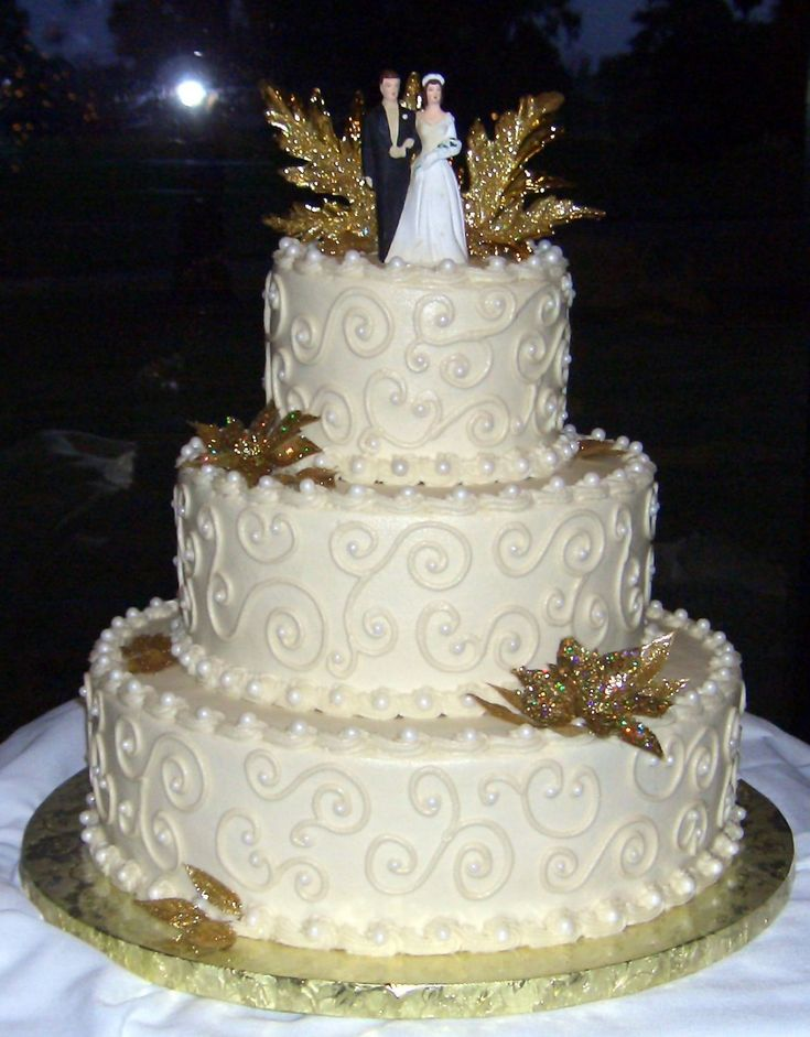 Cake Decorating Wedding Anniversary : 50th Anniversary Wedding Cake - All buttercream icing and ...