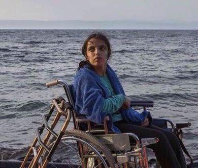 Syrian girl reaches Europe in a wheelchair then writes a book