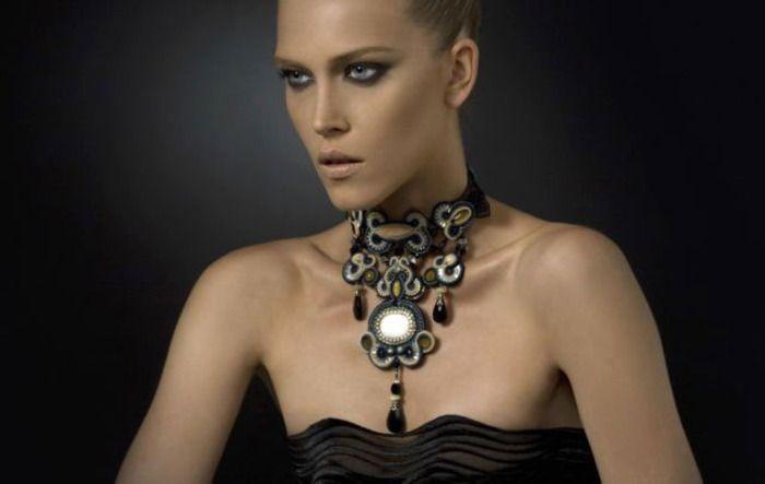 Dori's haute couture Matsuya necklace.  photography: Alon Shafransky