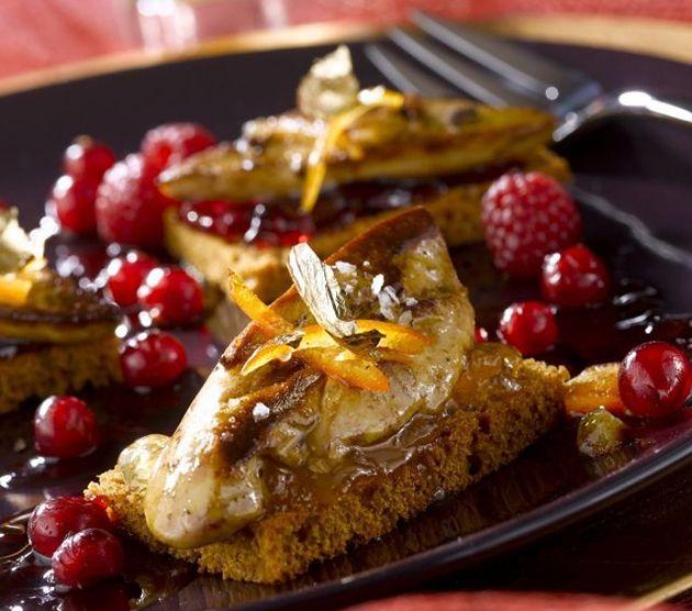 Notre entrée au foie gras sur tranche de pain d'épices accompagnera tous vos repas d'exception. #recette. Crédits photo et recette : Ph. Asset / Adocom. Source : Relaxnews.