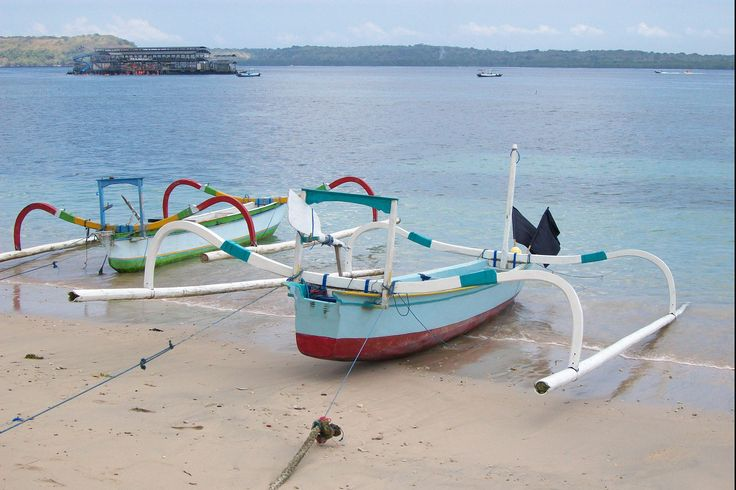 "Boats At Nusa Penida Beach.  Photo taken in Jalan Klumpu Buyuk, Nusapenida, Klungkung 80771, Indonesia 8° 40' 32.40"" S  115° 29' 20.33"" E"