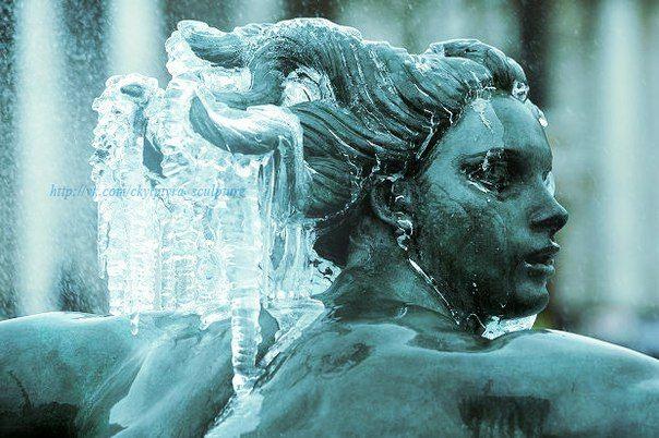 Frozen Fountains via ckylptyrasculpture
