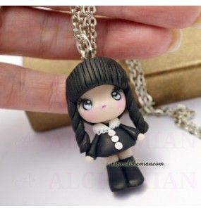Wednesday Wednesday Addams pendant necklace with hand-shaped pasta in FIMO | Necklaces with characters FIMO | Bijoux and Accessories Kawaii
