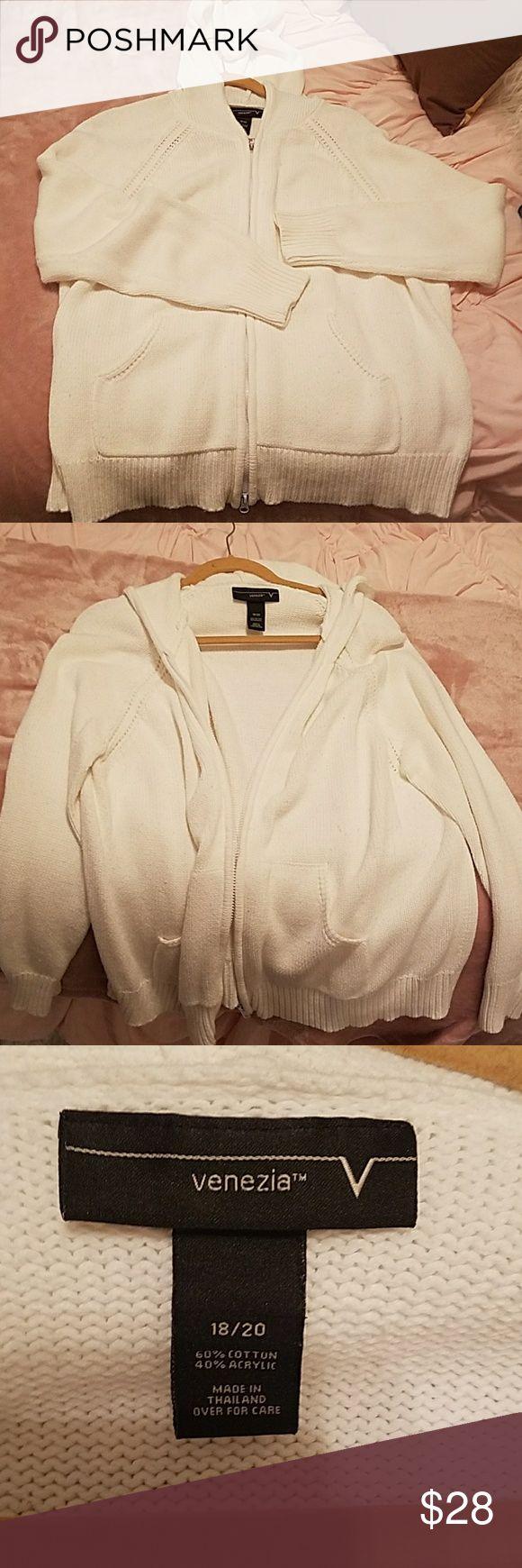White zip up knitted sweater White zip up knitted sweater Venezia Sweaters