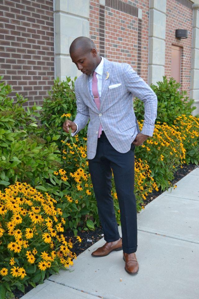 Sabir Peele in great summer business attire
