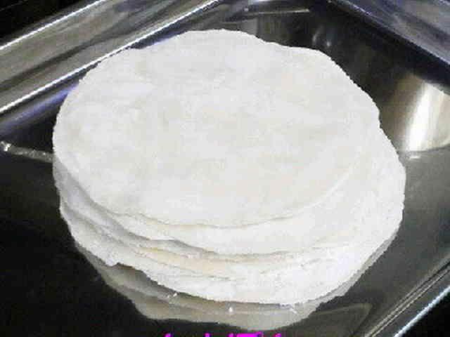 もちもち☆強力粉で手作り餃子の皮20枚分の画像