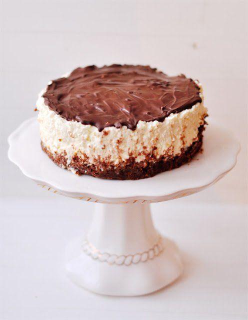 Nem mintha szorult volna bárminemű javításra a már korábban bemutatott torta, de álmomban ért a gondolat, hogy ezt még így meg kellene próbálni, és...