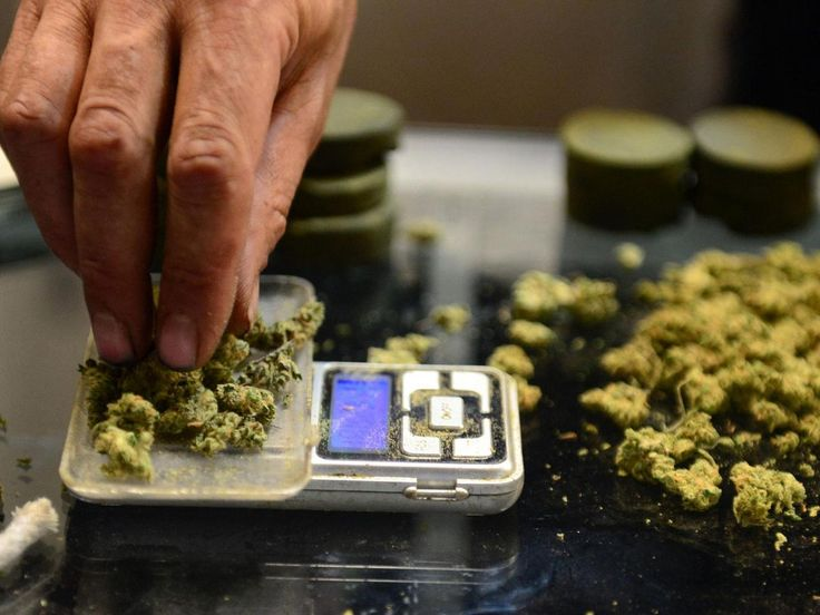 The British Medical Journal is calling for the legalization of drugs   http://www.independent.co.uk/news/uk/crime/war-on-drugs-british-medical-journal-heroin-cannabis-cocaine-a7417171.html … #MME #cannabis #marijuana #UK