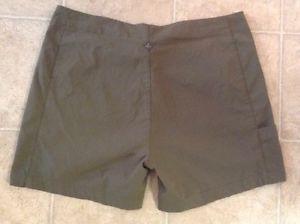 PrAna Women's Green Shorts Sz M / C
