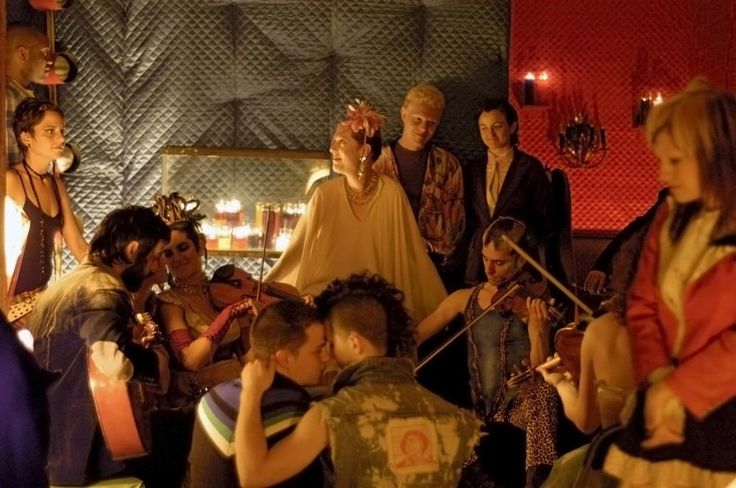 Justin Bond (center, looking up), 2006 | Essential Gay Themed Films To Watch, Shortbus http://gay-themed-films.com/films-to-watch-shortbus/