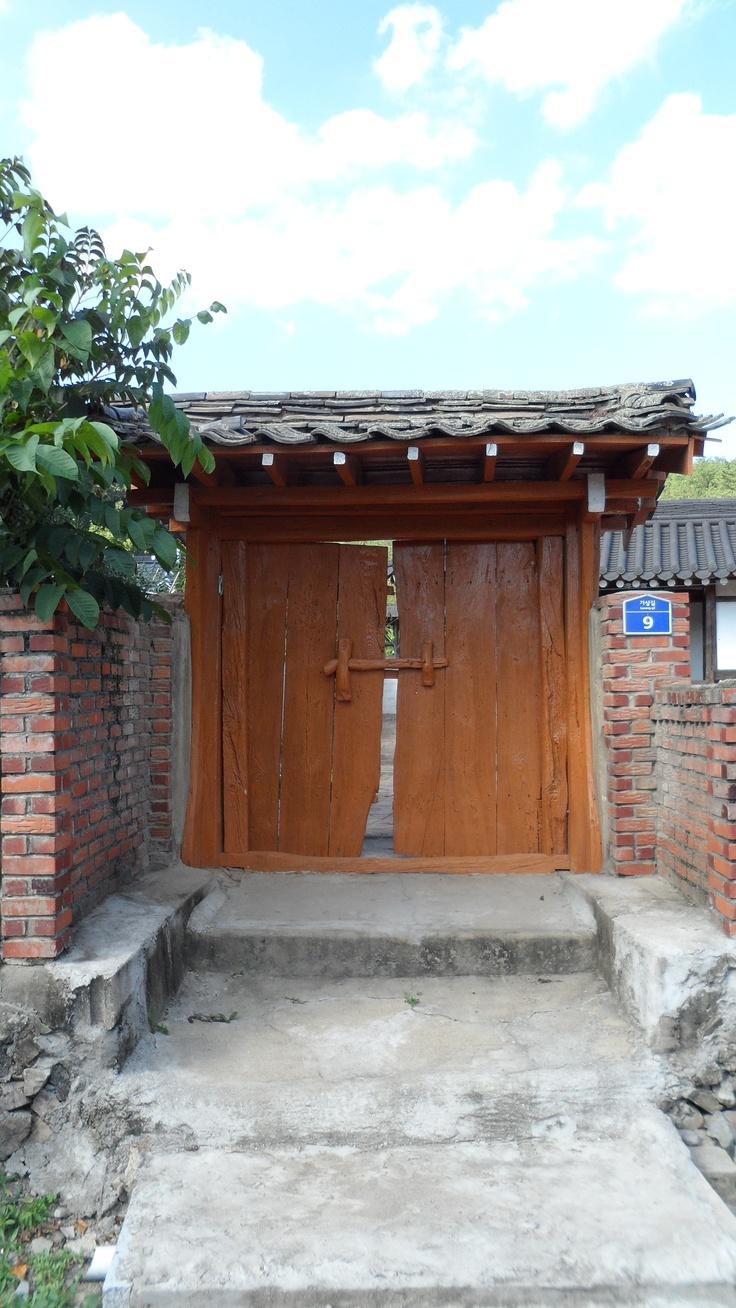 한국카메라 한국을 담다-5일차 Photo by LeeJuDot / Samsung MV800 / in 별별미술마을 Detail : http://www.cyworld.com/LeeJuDot/3469065
