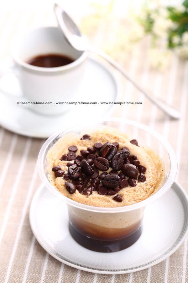 MOUSSE AL CAFFE'. La mousse al caffè è un dolce fresco ed energetico perfetto per uno spuntino o come dessert da gustare dopo cena. #mousse #caffe #dolce #dessert