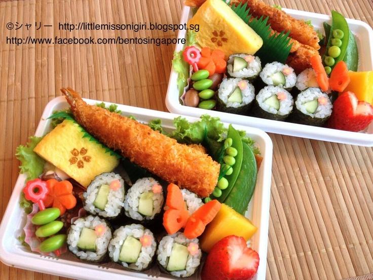 Twitter from @shirleyhkapa 巻き寿司のお弁当 Maki Sushi Obento #obentoart #obento #makisushi http://littlemissonigiri.blogspot.sg/2013/03/maki-sushi-obento.html … @akaneeeeenn @mahoppu617