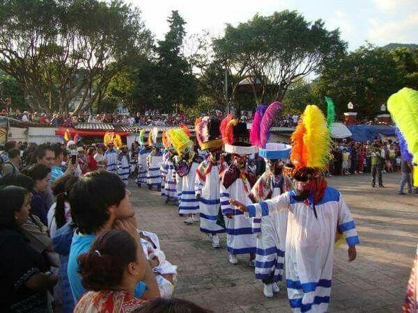 Carnaval Tlayacapan Morelos  Gran baile de danzantes chinelos