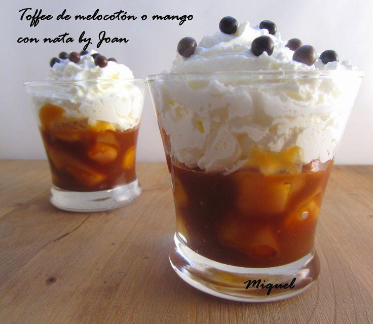 Ingredientes para 4 vasitos:   2 melocotones (o mangos)   8 cucharadas soperas de Azúcar moreno o blanco   2 cucharada soperas de agua...