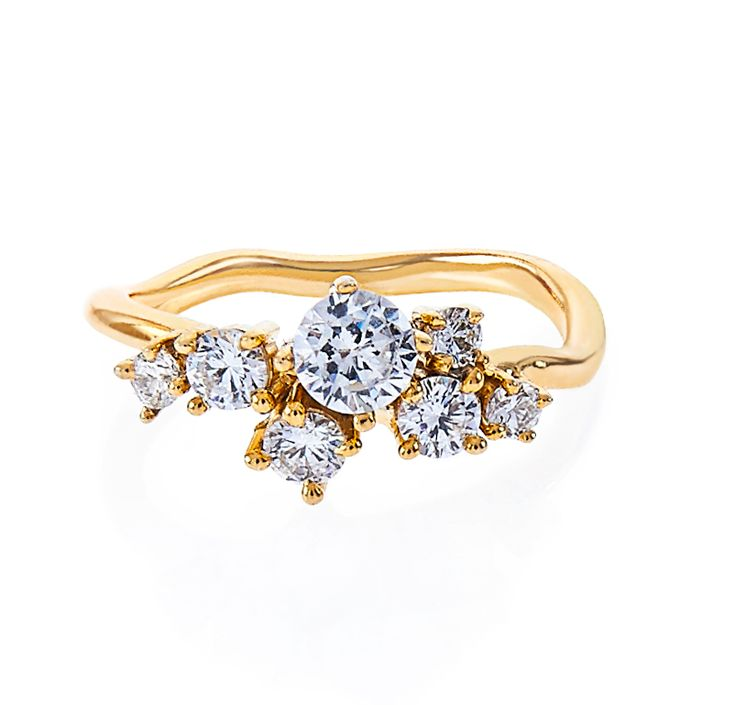 one of a kind bespoke engagement ring / diamond cluster